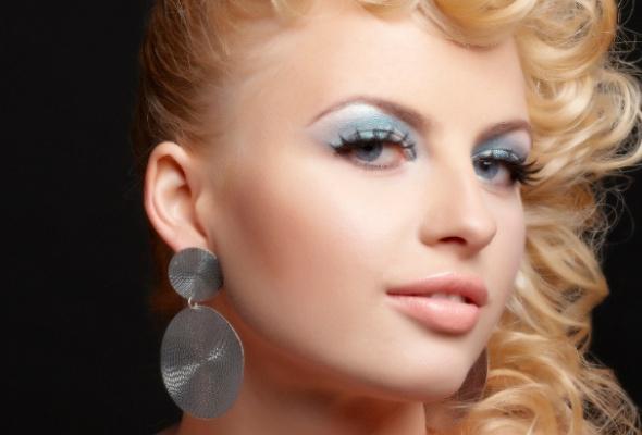 Как создать макияж встиле 80-х - Фото №0