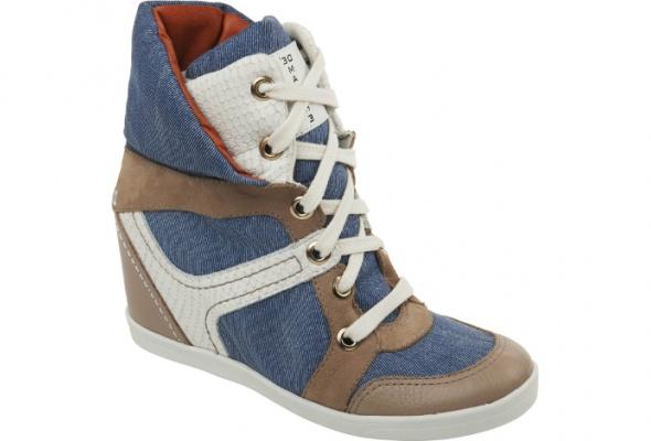 В«Эконику» завезли новые модели обуви - Фото №6