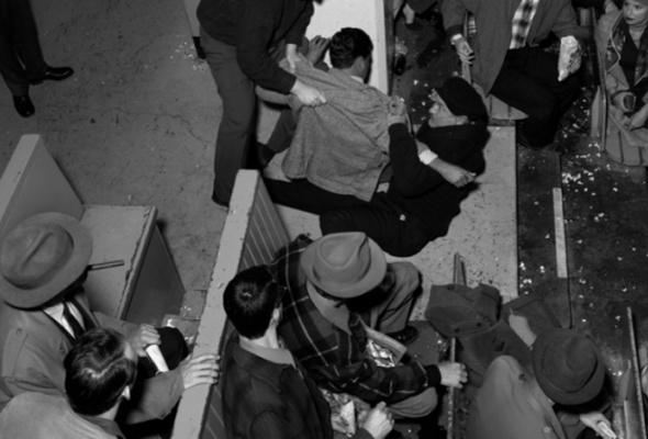 Стэн Дуглас «Киностудия середины века» - Фото №0