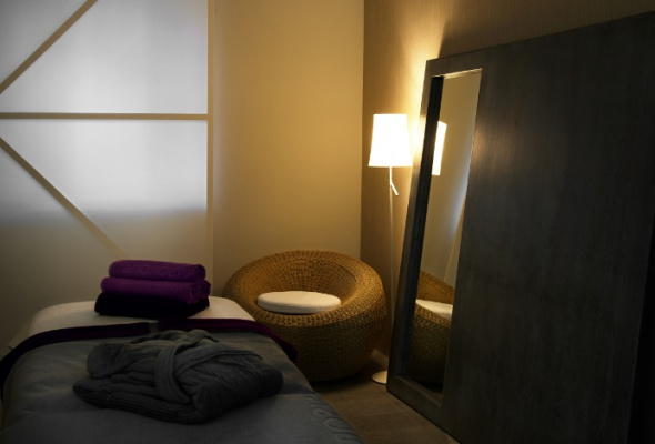 Аюрведическое спа всалоне «Апология Aveda Lifestyle Salon & SPA» - Фото №0