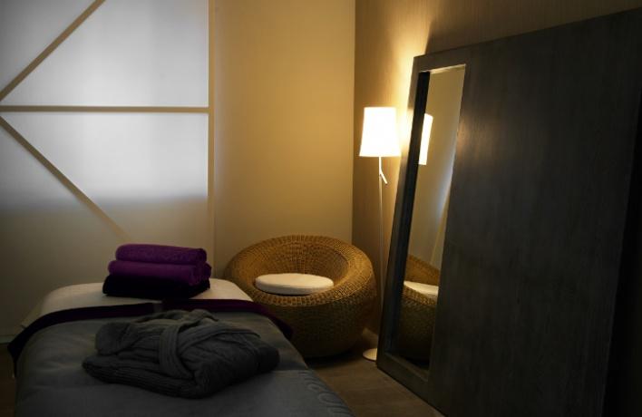 Аюрведическое спа всалоне «Апология Aveda Lifestyle Salon & SPA»