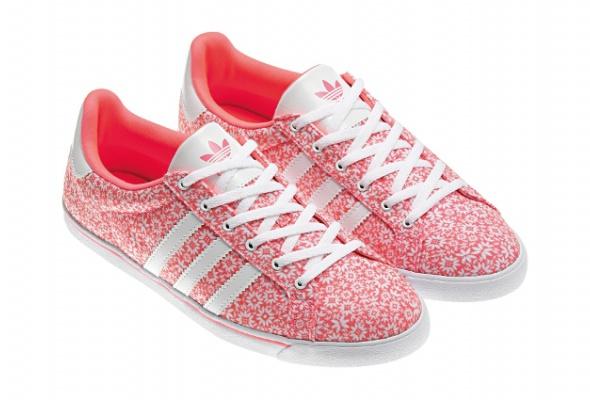 adidas Originals выпустил цветочную коллекцию - Фото №7