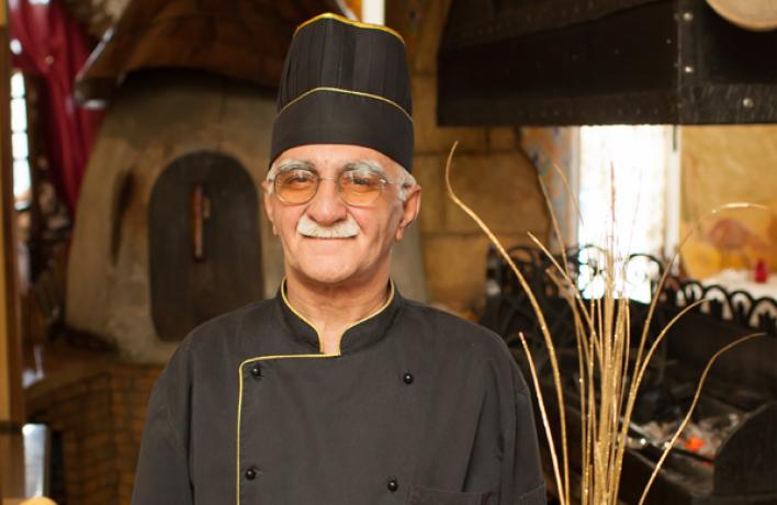 Чингиз Каримов снова возглавил кухню ресторана ''Караван''