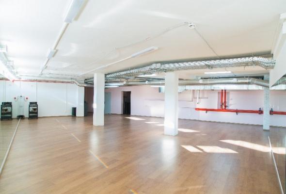 Danza studio: танцы, фитнес, магазин ифотостудия водном месте - Фото №0