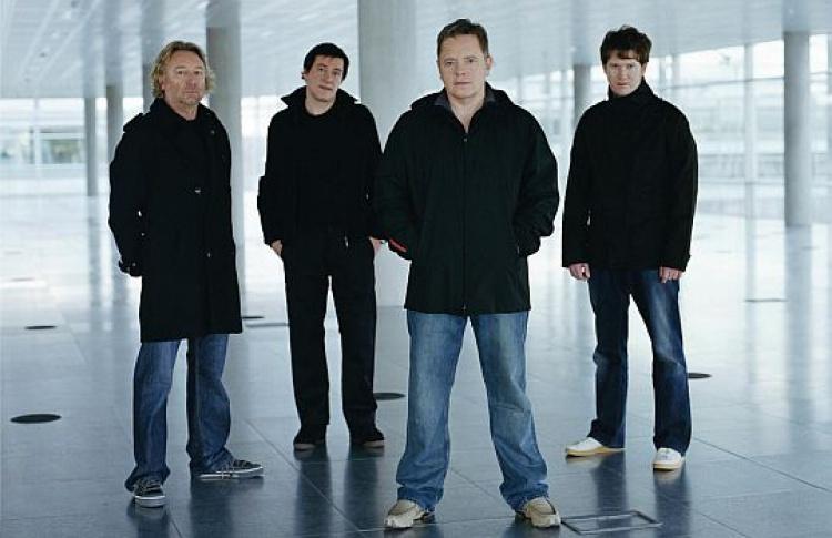 New Order выступят вА2