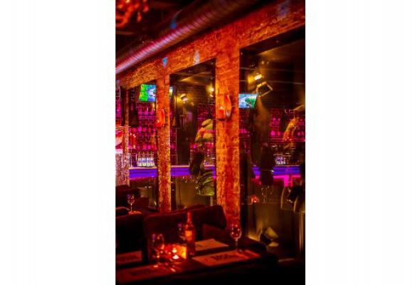 Бэкрум бар - Фото №6