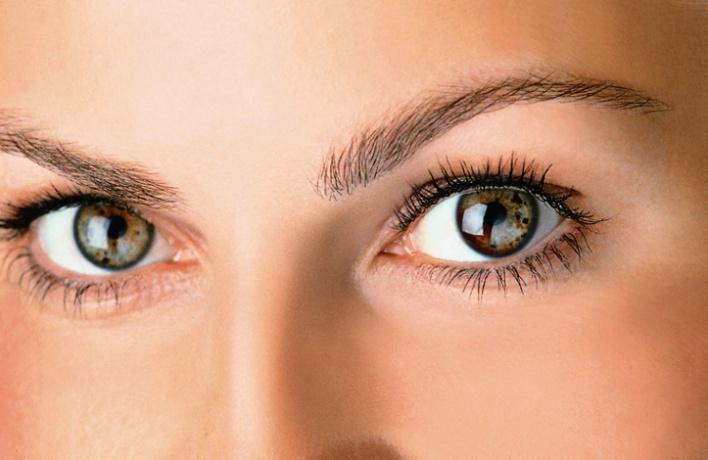 Многофункциональный консилер для глаз отSisley