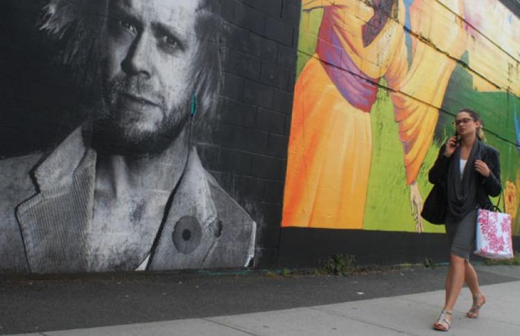 Стены подземного перехода украсят портретами москвичей
