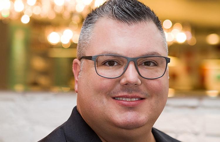 Джастин Хопкинс проводит индивидуальные консультации вДЛТ