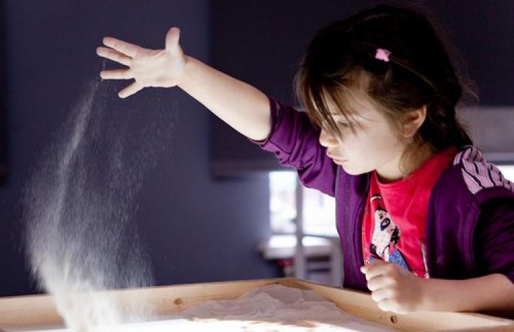 Песочное рисование на световых столах