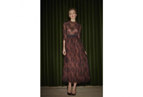 Корнер женских вечерних платьев вPodium - Фото №6