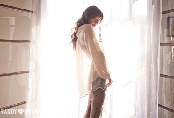 Весенний лукбук Brandy Melville - Фото №2