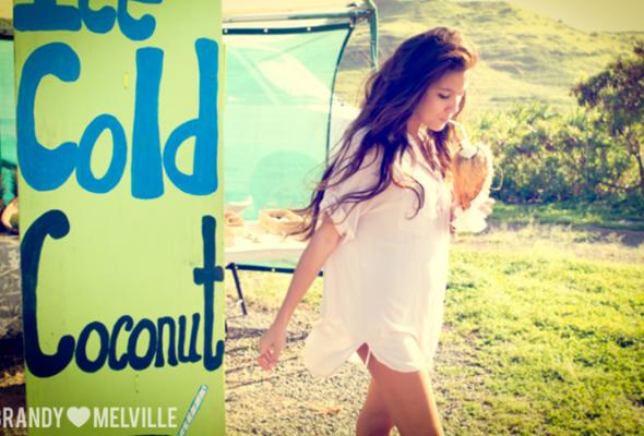 Весенний лукбук Brandy Melville - Фото №8