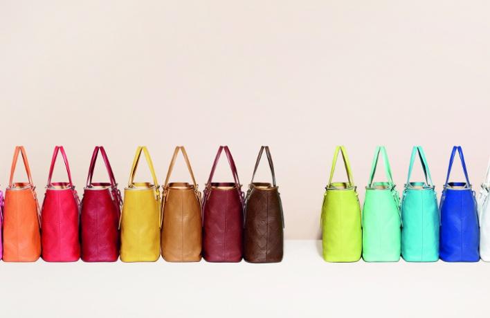 Longchamp выпустили сумки всех цветов