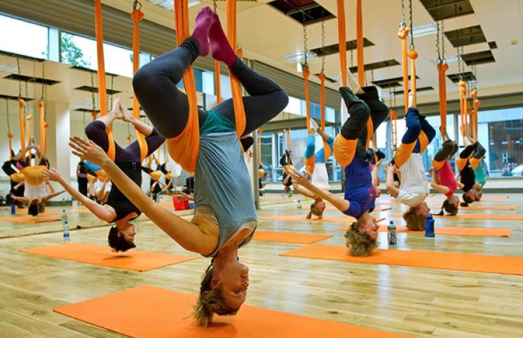 Фестиваль воздушной йоги