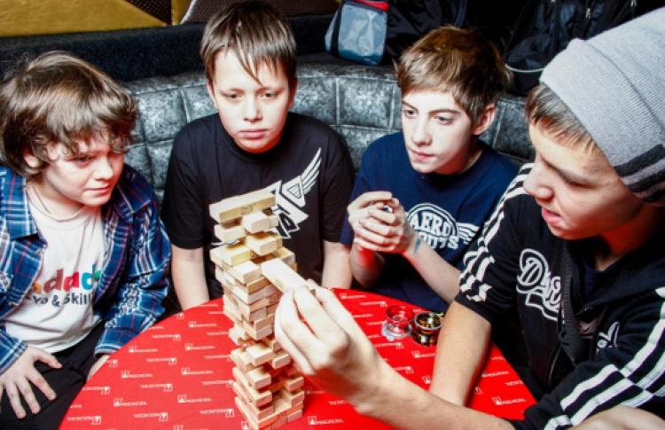 Весенний фестиваль игр и игрушек