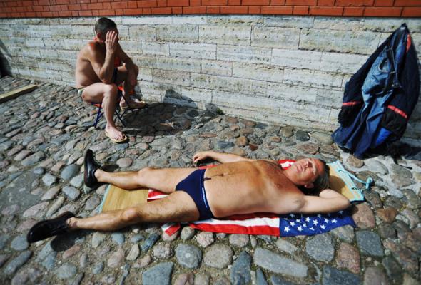 Солнечные ванны наПетропавловке - Фото №0
