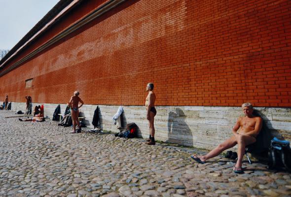 Солнечные ванны наПетропавловке - Фото №5