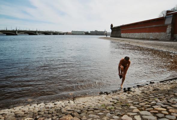 Солнечные ванны наПетропавловке - Фото №11