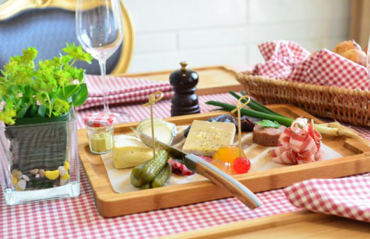 Пикник по-французски