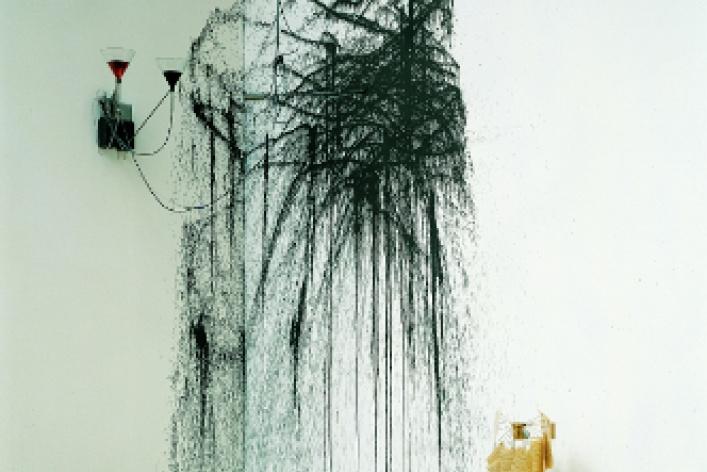 Ребекка Хорн «Меланхоличный торнадо»