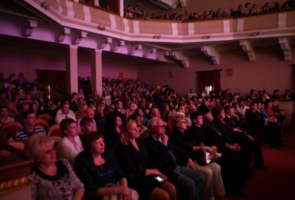 Пасхальный фестиваль проехал погородам боевой славы - Фото №3