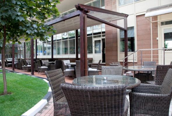 Летние веранды ресторанов - Фото №6