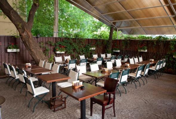 Летние веранды ресторанов - Фото №14