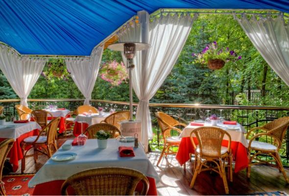 Летние веранды ресторанов - Фото №15