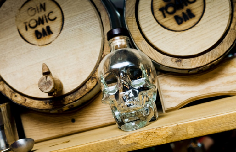 Gin Tonic Bar: коктейльный новодел свыдумкой