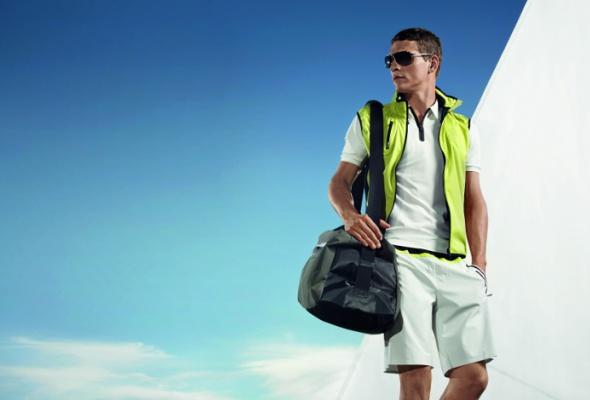 Вмагазин adidas привезли мужскую одежду Porsche - Фото №7