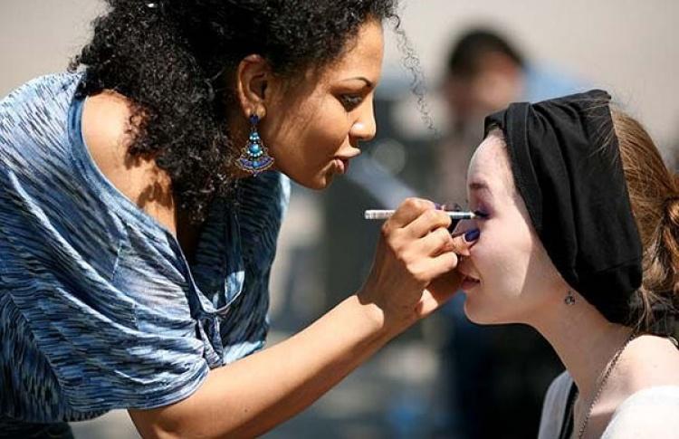 Мастер-класс по макияжу от визажиста школы ICON Face Сафи