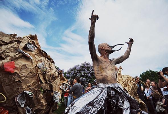 Полунин ссоратниками выгуляли мусор - Фото №2