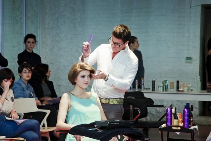 Косметология для волос иновые летние процедуры отAlterna