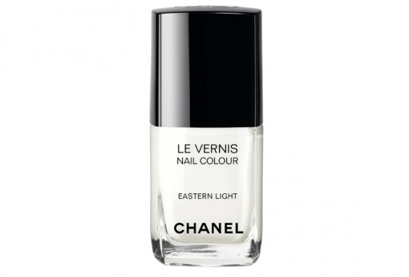 Лимитированная коллекция макияжа Chanel Hong Kong - Фото №2