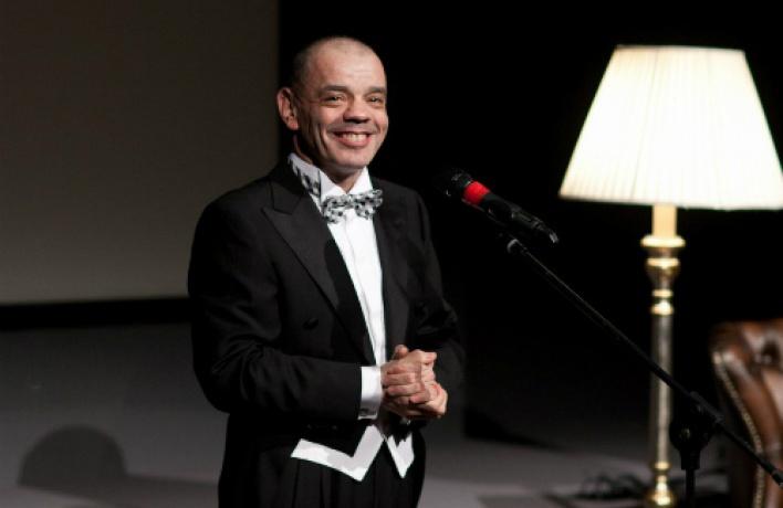 ВБольшом Зале Филармонии пройдет творческий вечер Константина Райкина