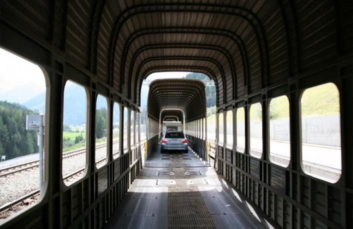С1июля автомобили можно взять ссобой впоезд