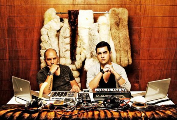 Olmeca Rise&Shine: Dan Ghenacia, Fur Coat - Фото №1