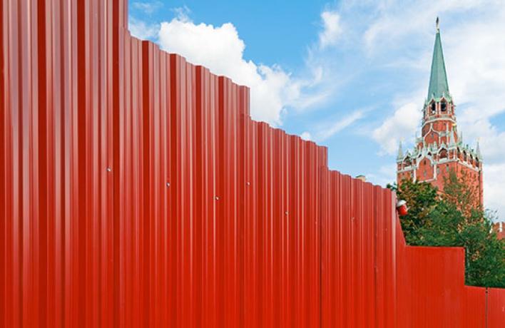 Настроительных заборах появятся репродукции живописных шедевров