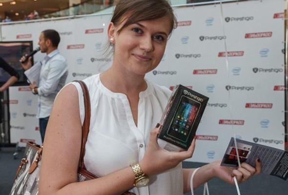 Компания Prestigio представила смартфон MULTIPHONE5430 набазе процессора Intel - Фото №0