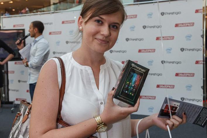 Компания Prestigio представила смартфон MULTIPHONE5430 набазе процессора Intel