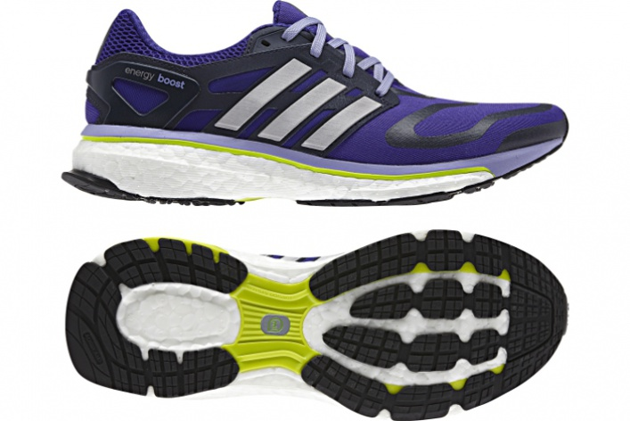 Технологичные кроссовки