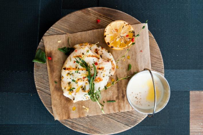 Летняя еда: блюда изрыбы иморепродуктов