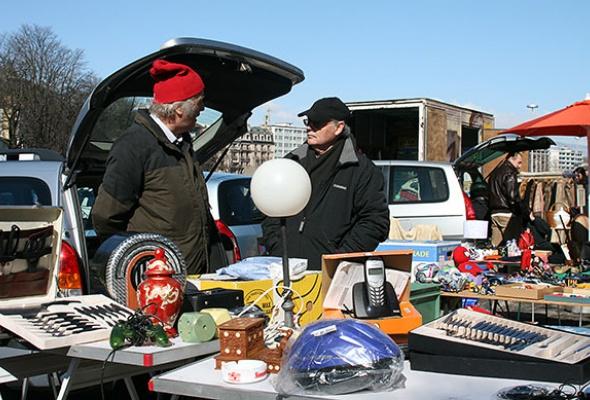 Блошиные рынки - Фото №2