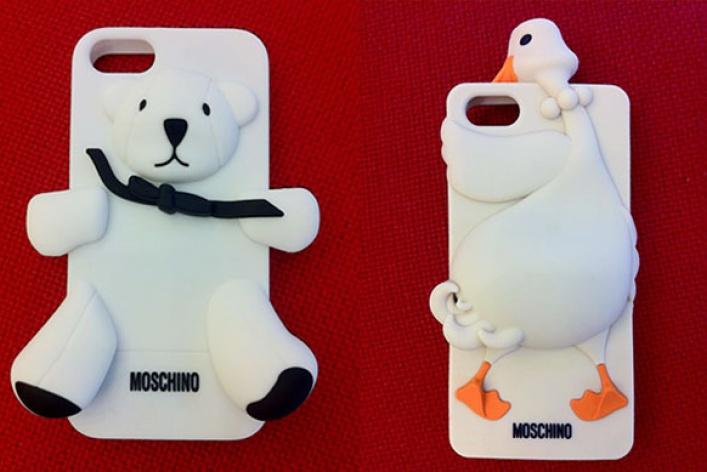 Чехлы для айфонов отMoschino