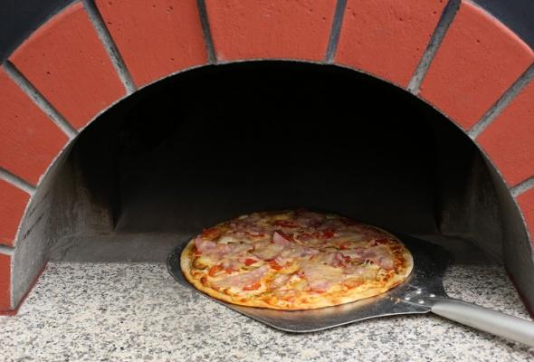Пицца вресторане «Карл иФридрих» - Фото №5