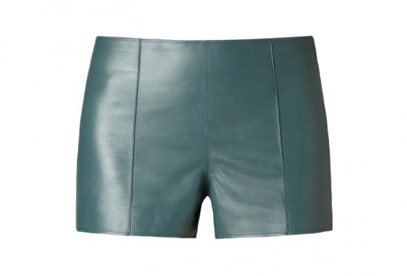 Тренд: летняя одежда изкожи - Фото №6