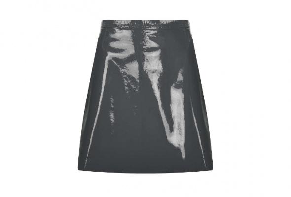 Тренд: летняя одежда изкожи - Фото №22