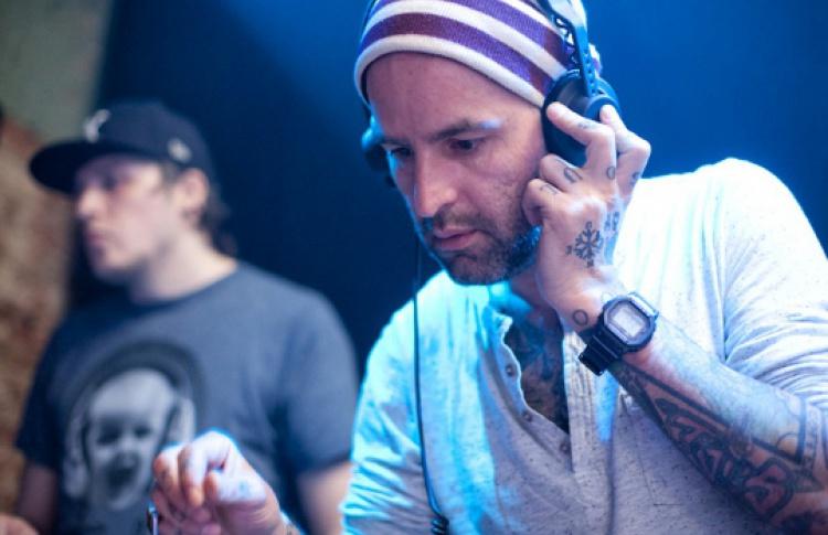 «Четверги Санчеса»: DJ Сандро Бианчи и др.
