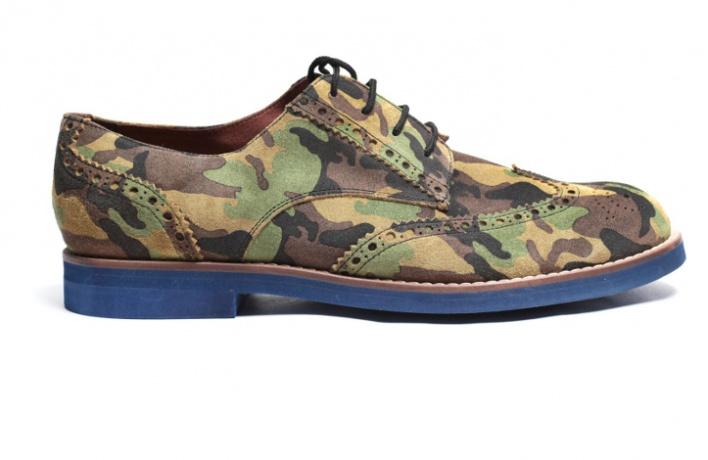 12пар мужских ботинок нараннюю осень